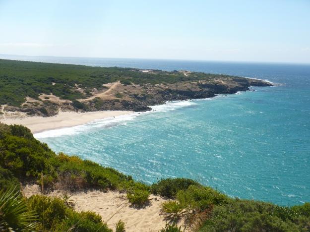 Playa del Cañuelo y Punta de Camarinal